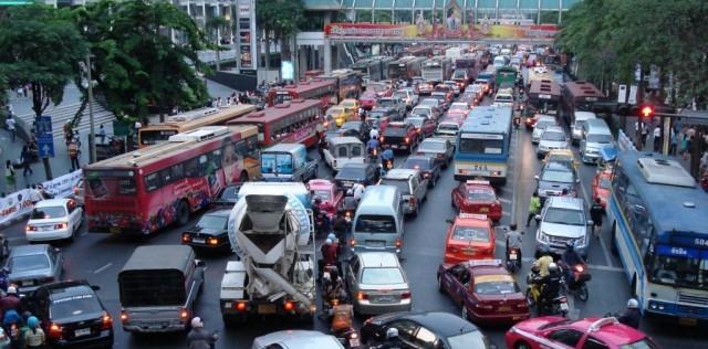 London-UK-traffic-congested-city